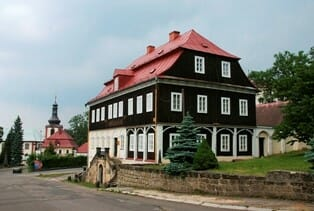 Muzeum skla v Kamenickém Šenově